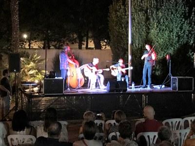 Concert de Jérôme Frayssinet i el Gypsy Quartet Band a les Piscines de Juneda