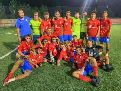 L'equip guanyador celebrant el triomf