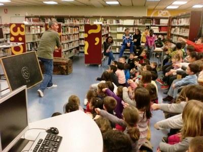 Hora del Conte especial dins el projecte 'Biblioteques amb DO'