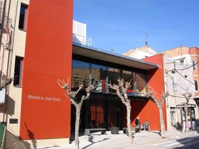 La Biblioteca Joan Duch celebra dimecres el seu 8è aniversari amb una Hora del Conte i un berenar