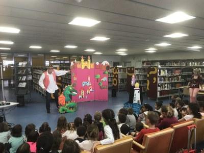 La Biblioteca Joan Duch de Juneda celebra la seva 'VI Revetlla de Sant Jordi a la Biblioteca'