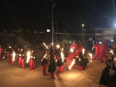 Revetlla de Sant Joan a Juneda amb la Penya Ullà i els Rojos de Junda