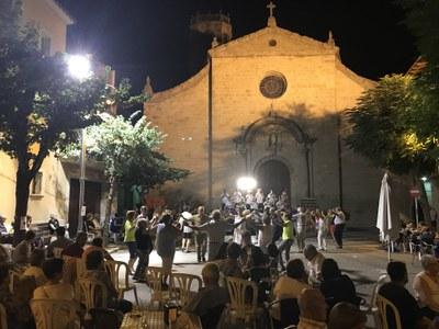 Sardanes a la Fresca i  minut de silenci pels atemptats de Barcelona i Cambrils