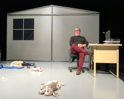 Xicu Masó interpreta 'El Metge de Lampedusa' al Teatre Foment de Juneda